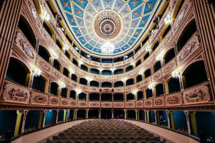 la cupola, il palco del teatro manoel