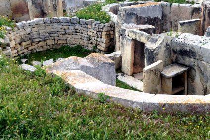 Sito archeologico di Tarxen con recente scoperta di tomba punica