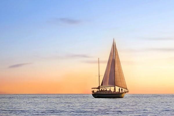 Rolex Middle - una barca a vela nel mare