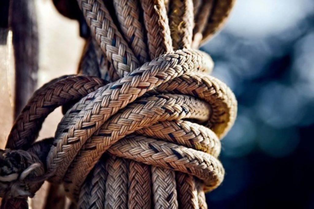 Rolex Middle Sea Race - un nodo da marinaio