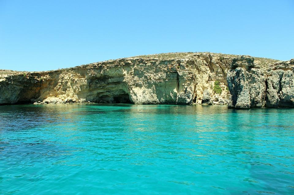 grotta di Calipso mare
