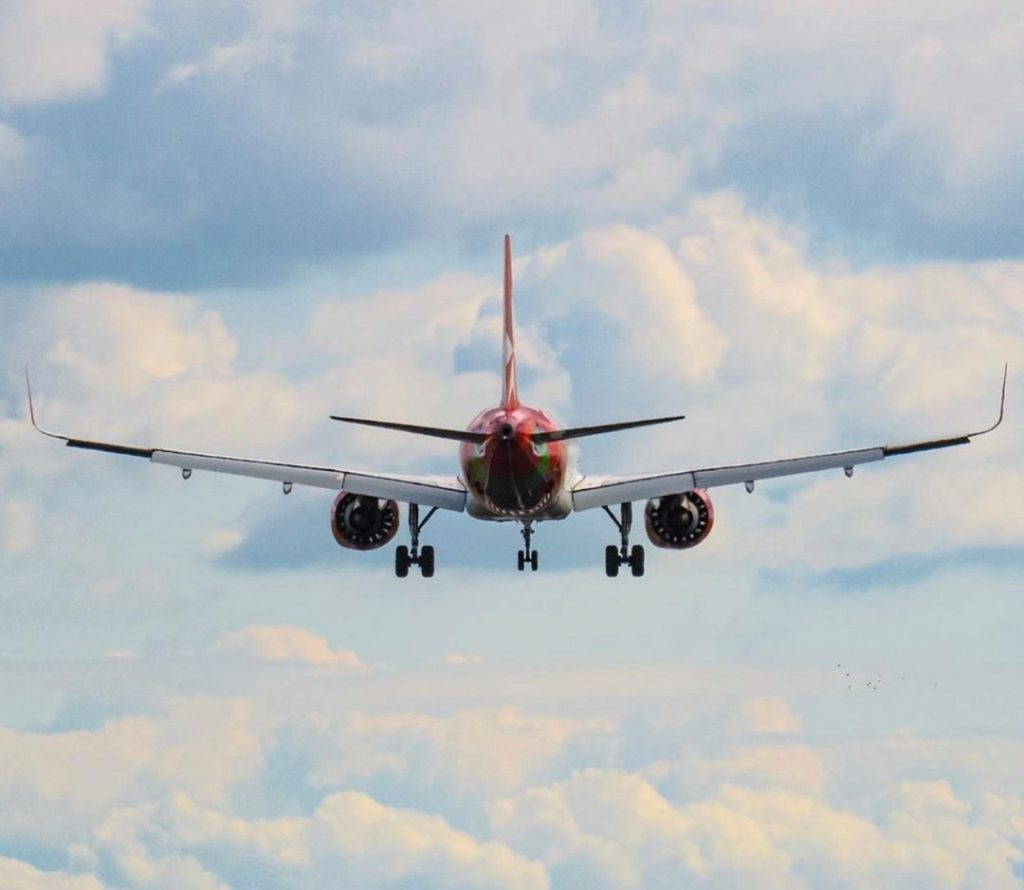 riaperture - aereo in volo