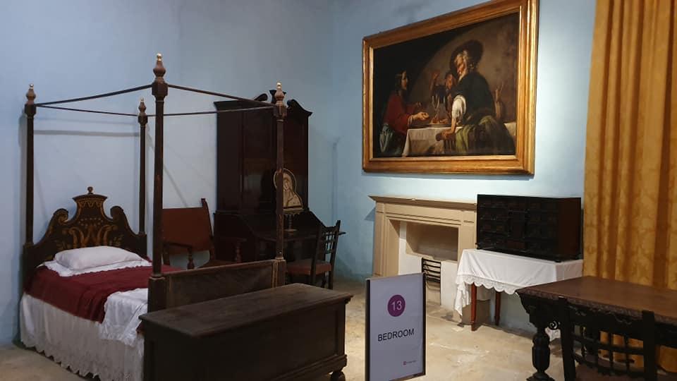 Il Palazzo dell'Inquisitore, stanza da letto