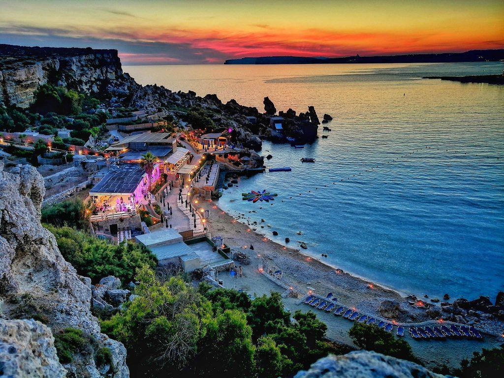 Paradise Bay al tramonto