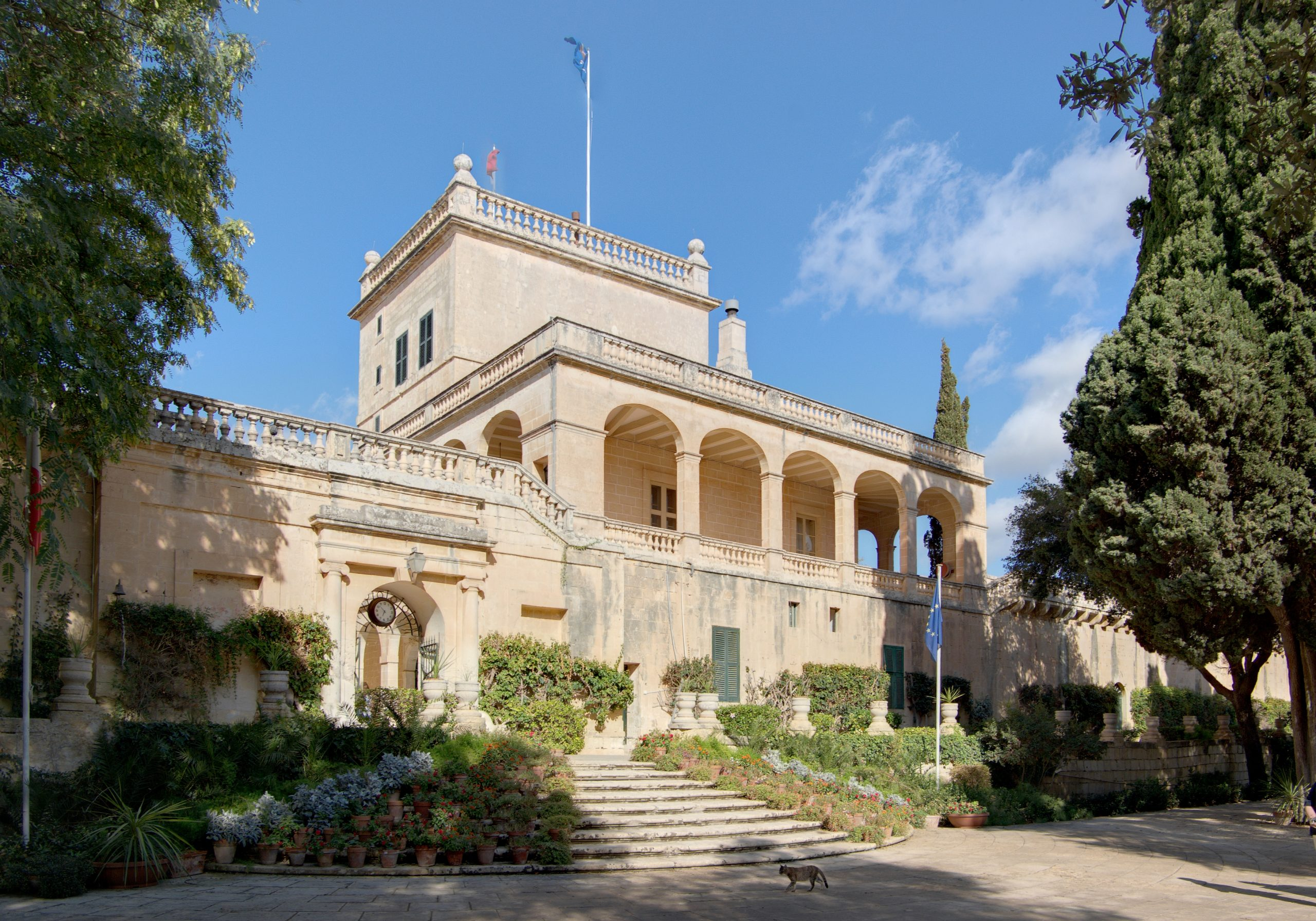 santAnton Palace