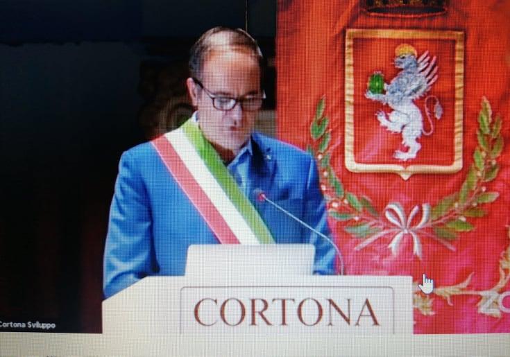 Cortona, il sindaco