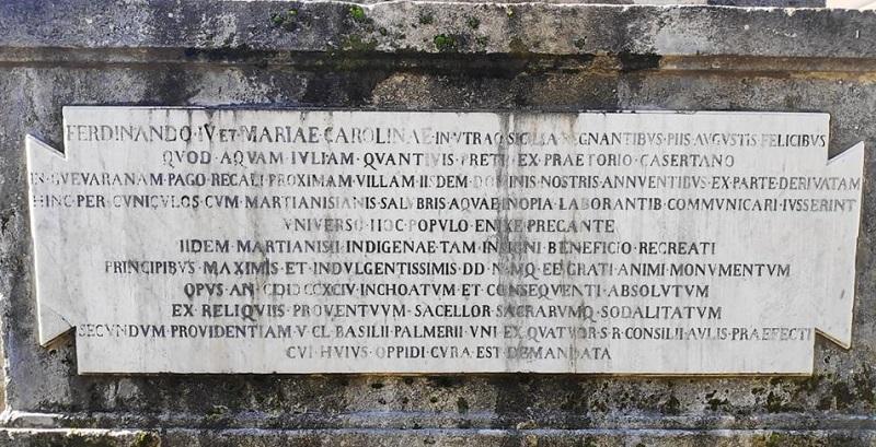 Iscrizione posta sulla base della Fontana Borbonica