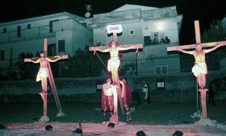 Via Crucis Figurata di Marcianise - la crocifissione