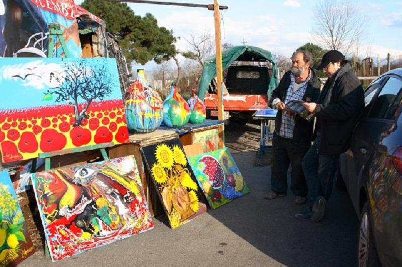 Antonio Mandarino vende i suoi quadri
