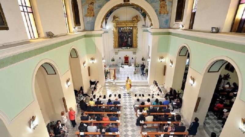 Interni Della Chiesa Di San Simeone Profeta