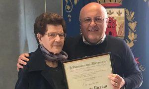 Nonna Angelina Riceve L'onoreficenza Del Presidente Della Repubblica