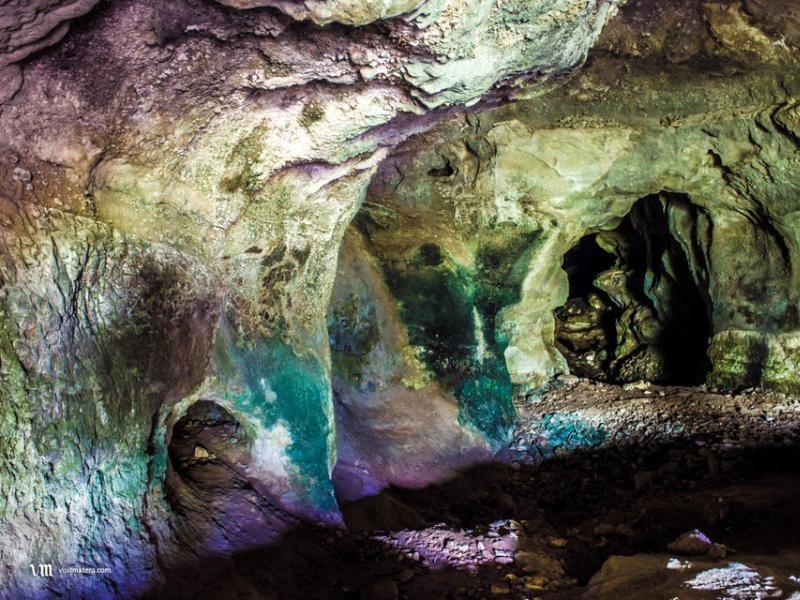 Grotta Dei Pipistrelli. interno