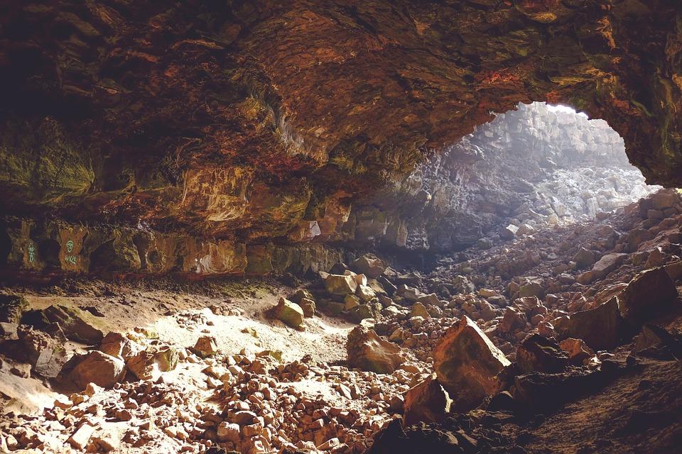 il tesoro di re Barbarossa - immagine di grotta