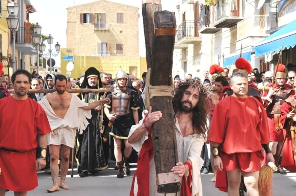 Passione - la via crucis per le strade
