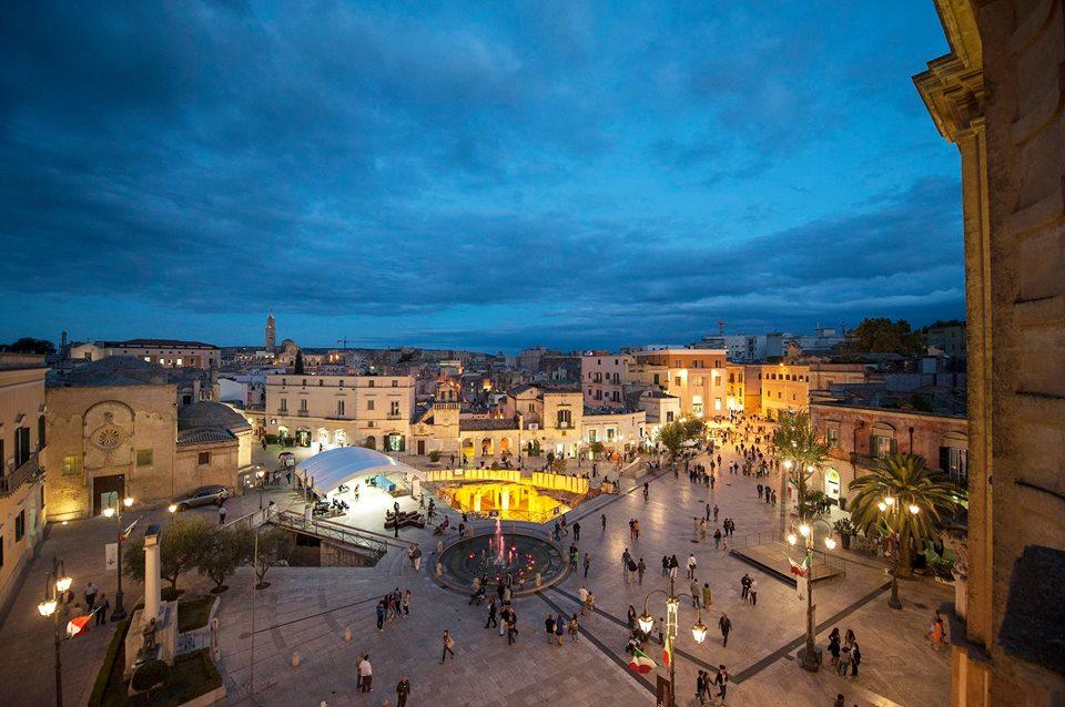 Matera Open Future - una Piazza Del Centro