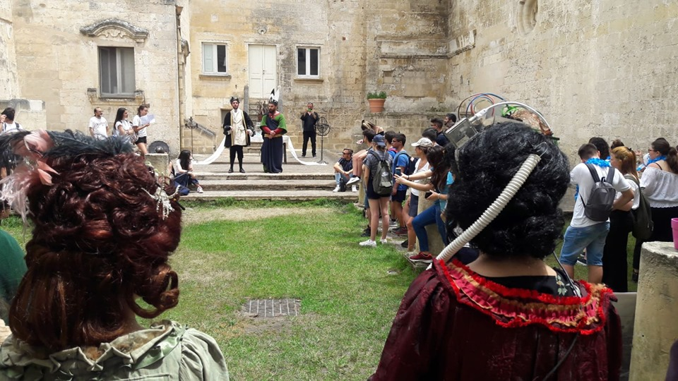 eventi a Matera 2019 - esibizione attori di teatro