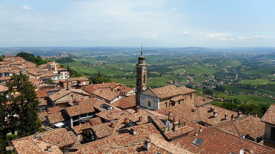 Torino si candida -  Villaggio piemontese