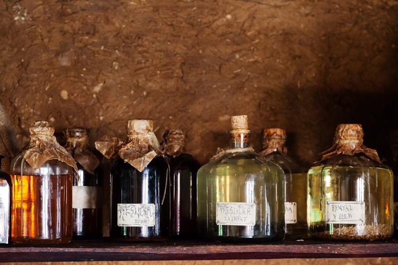 olio di oliva - estratti di erbe
