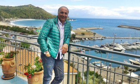 Donato Sabia - una foto in riva al mare dell'ex atleta