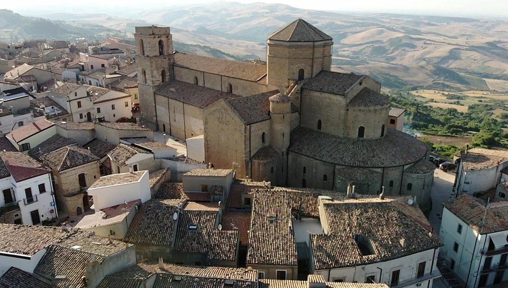 La cattedrale di Acerenza - immagine di Acerenza