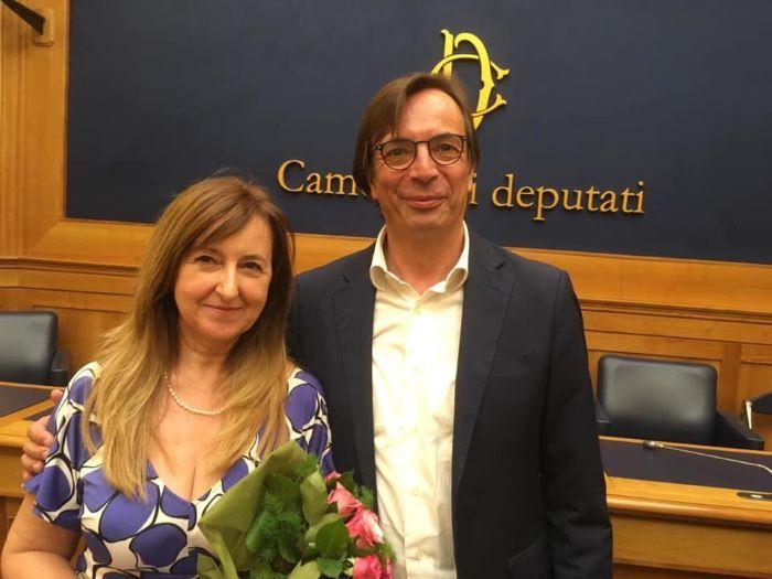 Orte Dedica Lirica Sul Tevere Il Sindaco Con Valeria D'ubaldo