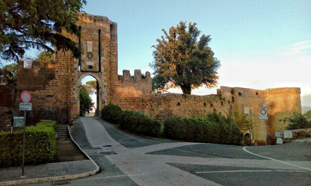 Fortezza Albornoz - Ingresso e Porta Soliana