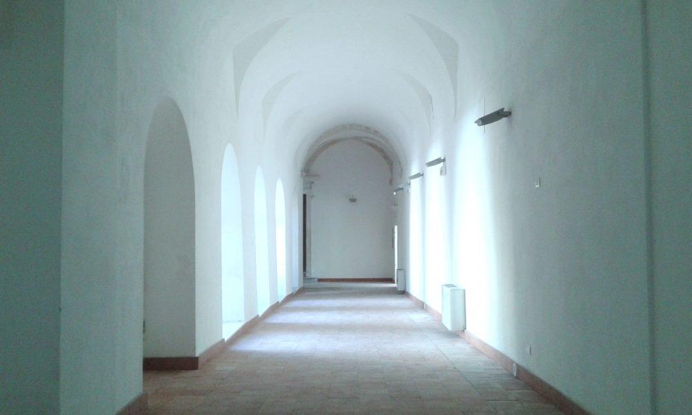 L'interno del complesso Vaccaro a Palazzolo Acreide