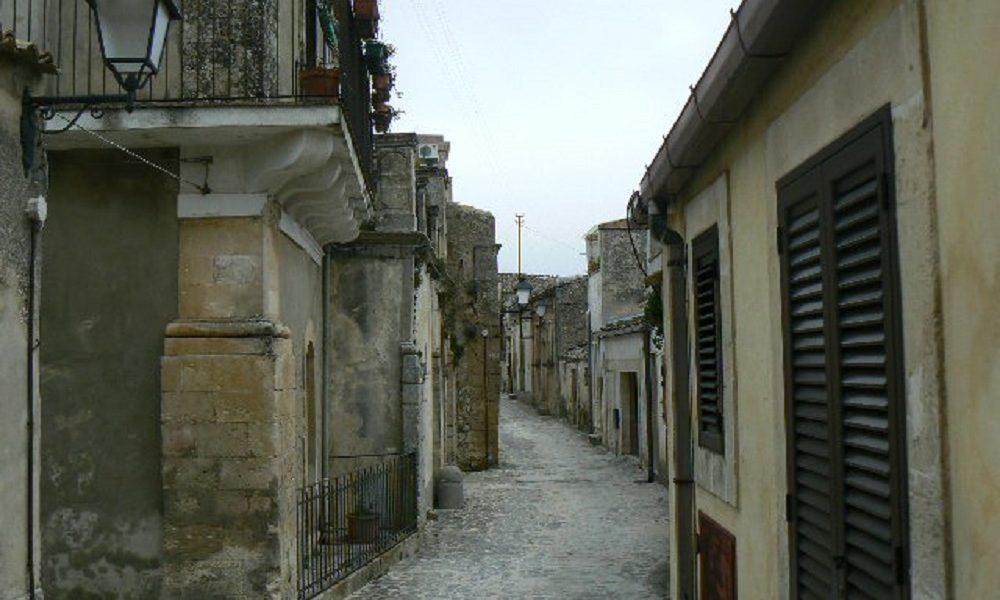 L'antico quartiere Orologio e Lenza a Palazzolo recuperato
