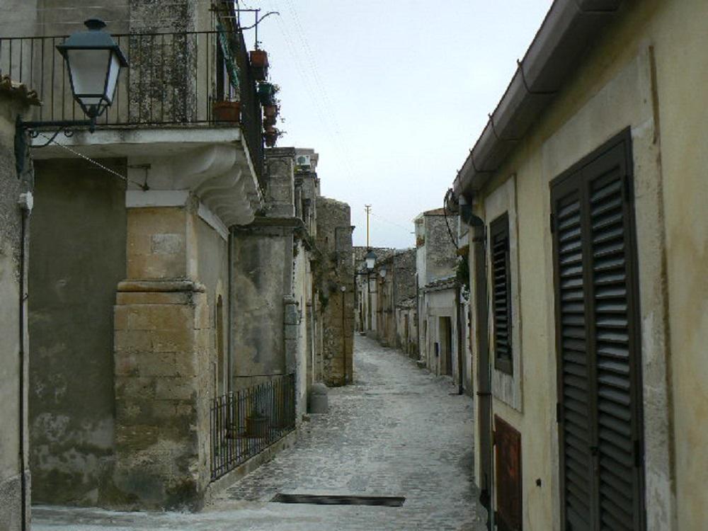 Torre dell'Orologio e quartiere Lenza di Palazzolo Acreide, un progetto per riqualificarlo