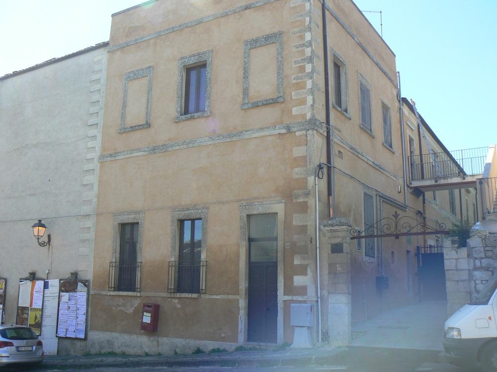 Restauro del complesso Vaccaro, nuova vita all'immobile di piano Acre