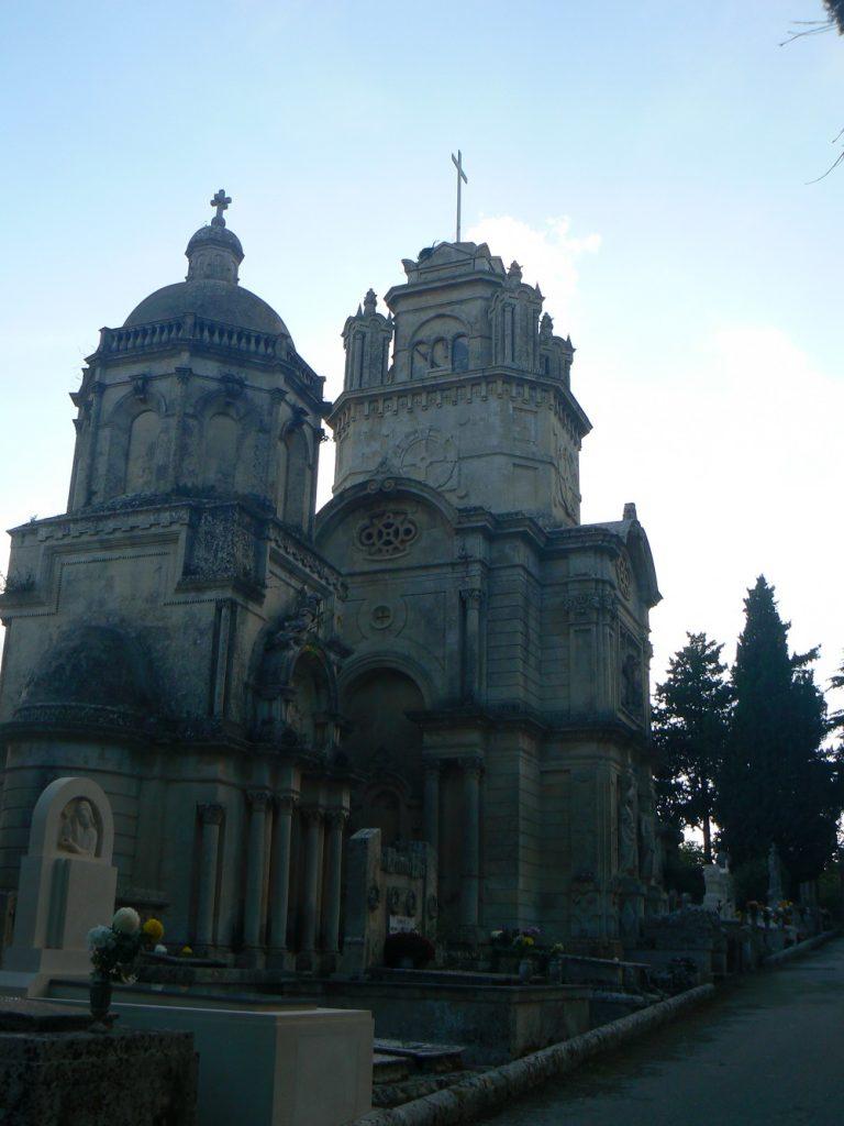 Il cimitero di Palazzolo