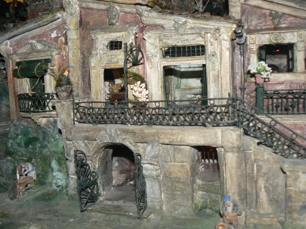 Altri dettagli di un presepe di Leone alla Casa museo di Palazzolo