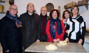 L'esposizione di pane alla Casa museo di Palazzolo