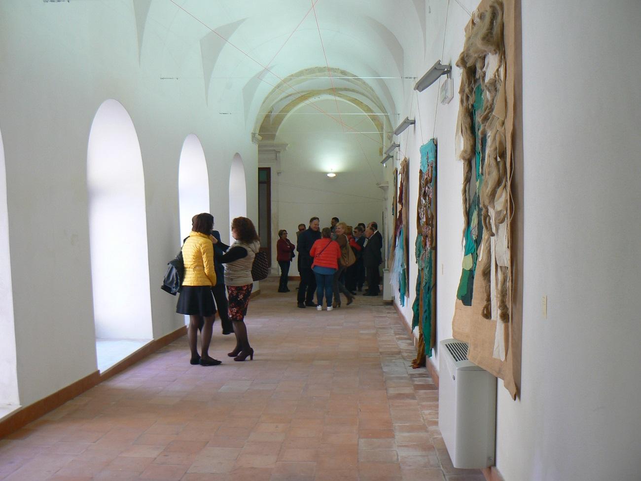 La visita alla mostra della galleria del Vaccaro