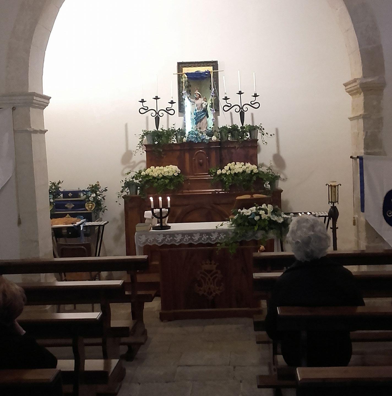 L'interno della chiesa del Soccorso a Palazzolo