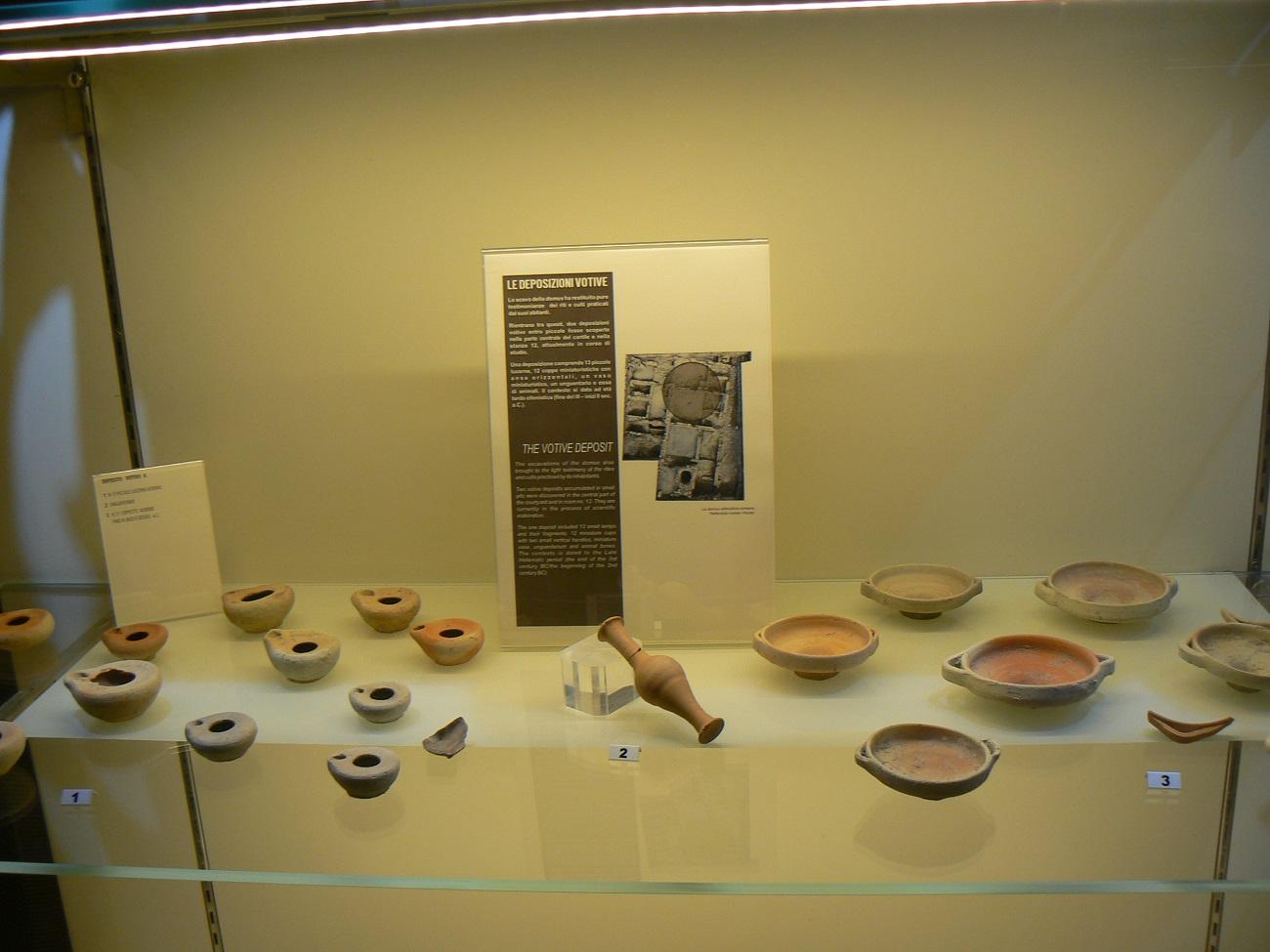 Altri reperti in mostra al museo Cappellani di Palazzolo