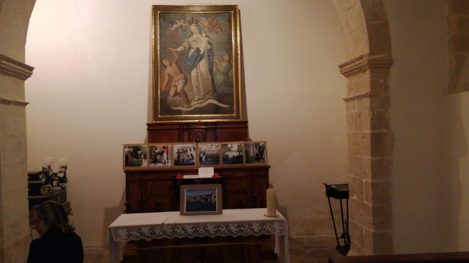 La mostra di fotografie nella chiesa del Soccorso