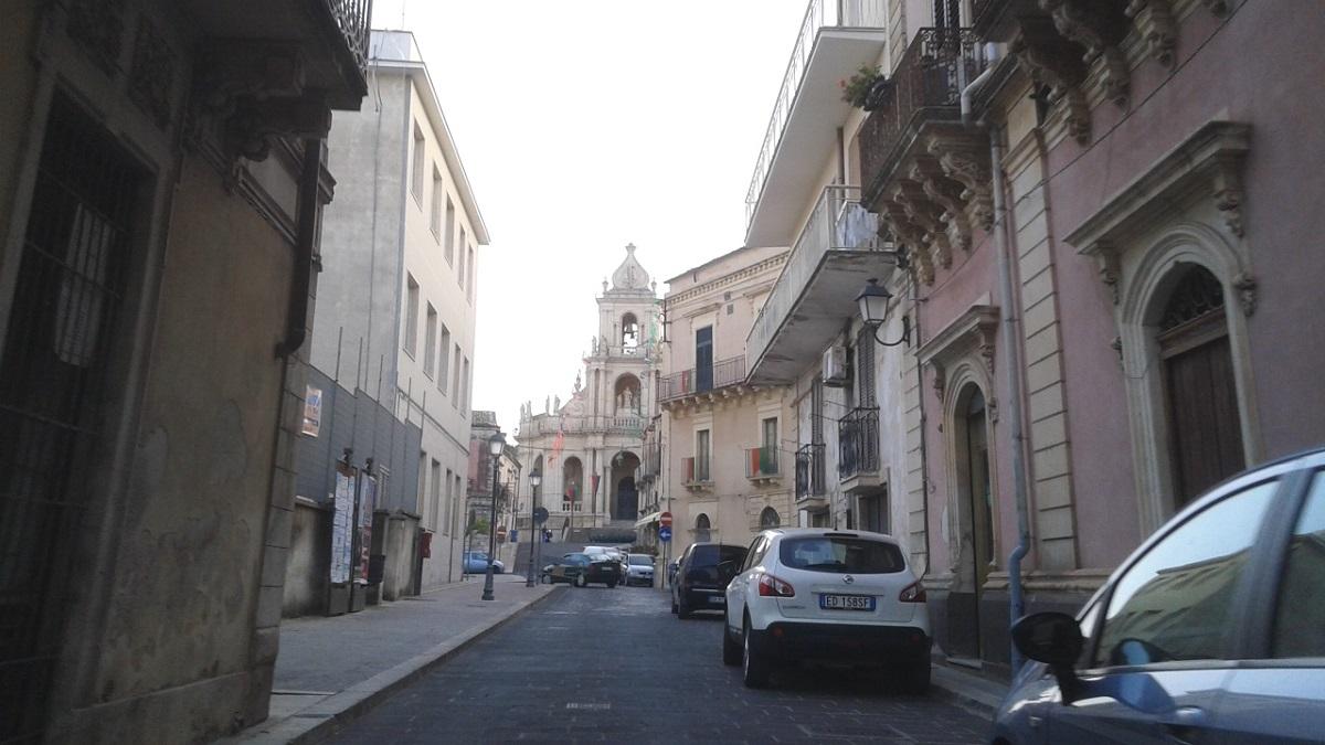 La basilica di San Paolo vista con il nuovo senso di marcia