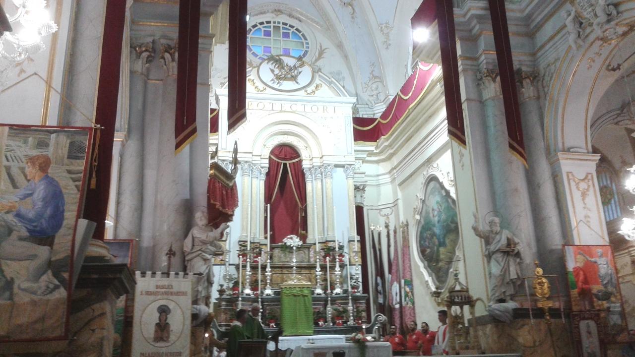 L'interno della basilica di San Sebastiano dopo il restauro