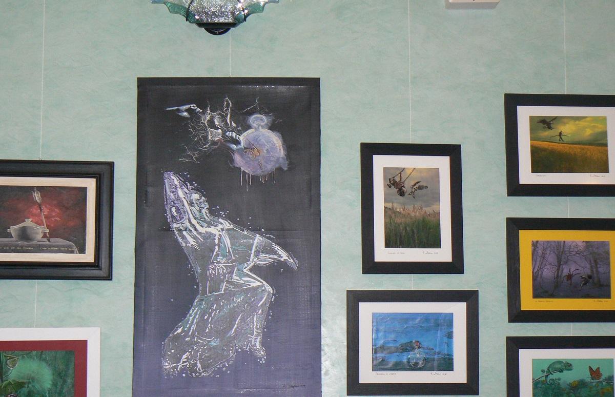 I particolari di alcuni dipinti in mostra a Palazzolo