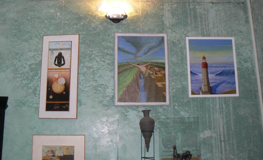 Alcuni quadri in mostra a Palazzolo