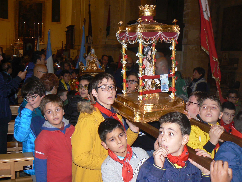 """La """"varetta"""" di San Sebastiano in processione"""