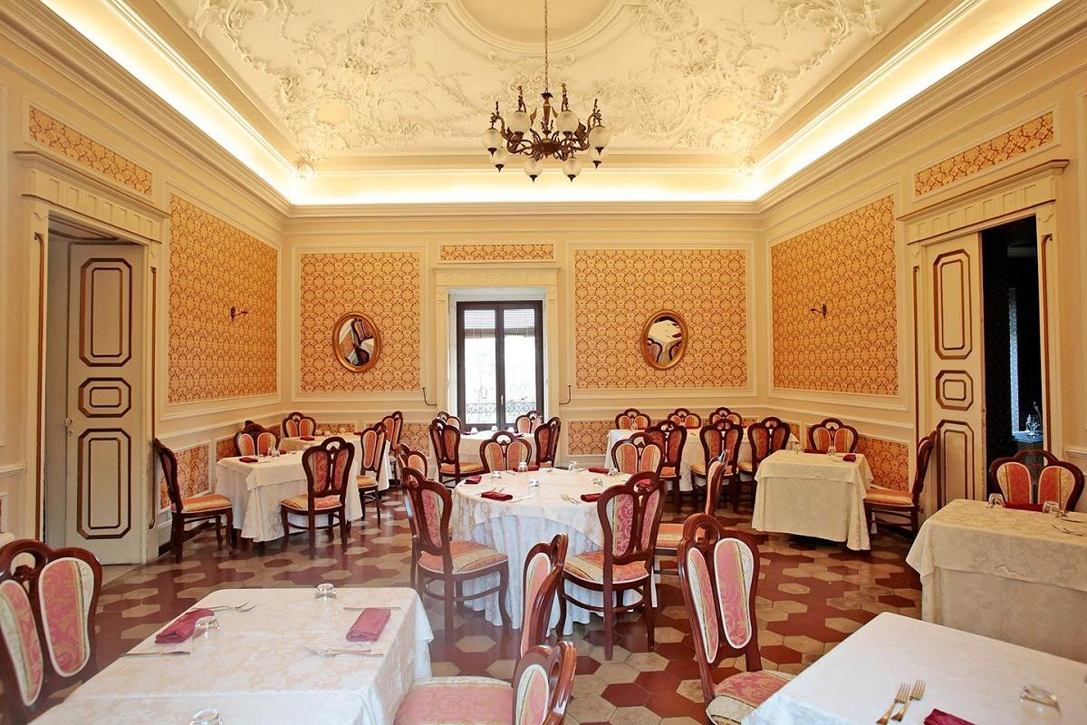 Settecento ristorante in via Orologio