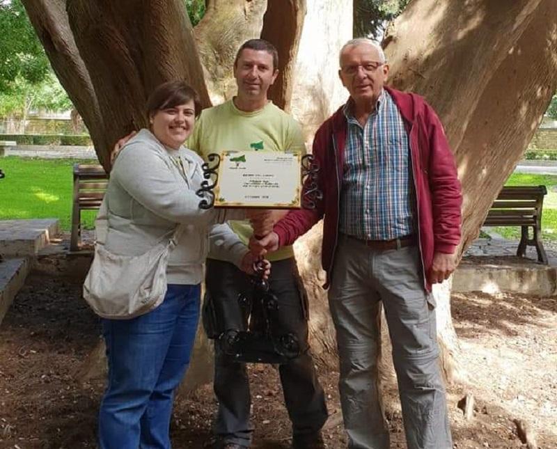 Donazione targhe per alberi