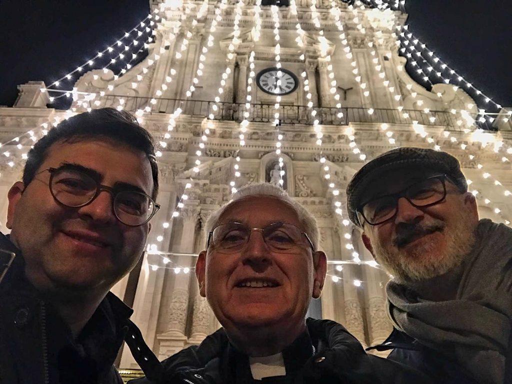 LovePalazzolo - foto con Don Randazzo, l'arcivescovo Pappalardo e il sindaco