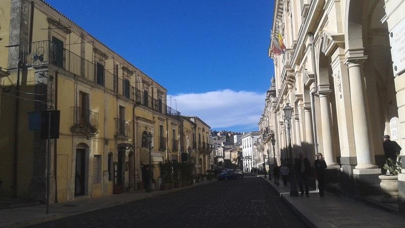 M'illumino di meno - Corso Vittorio Emanuele a Palazzolo Acreide