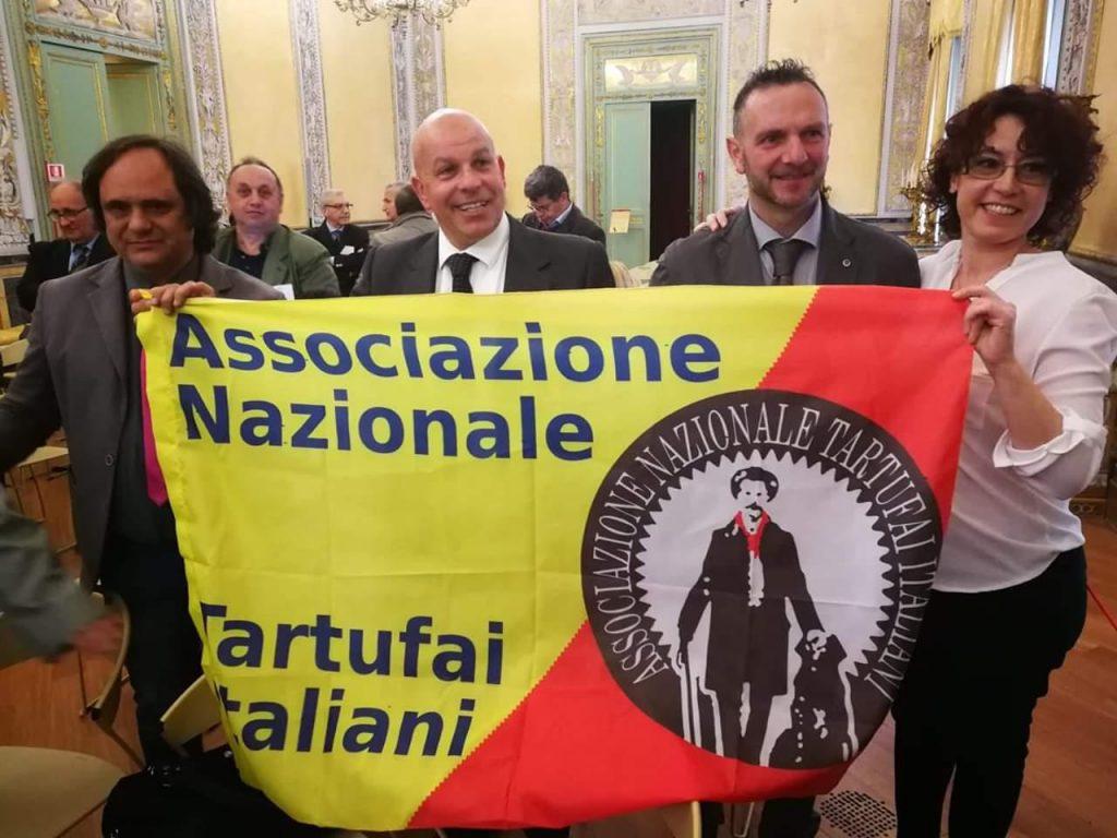 Franco Scrofani con Assotartufai a Palermo per il convegno sui tartufi, tartufo di Palazzolo Acreide