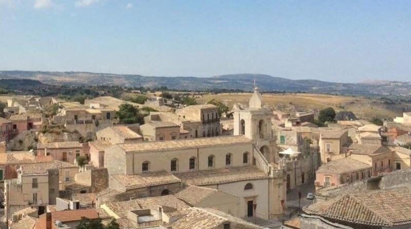 Franco Zeffirelli - panoramica di Palazzolo Acreide