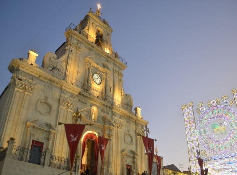 Esterno Chiesa San Sebastiano in festa per il protettore, prima San Rocco