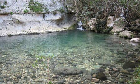 Il fiume Anapo dalla riserva di Pantalica